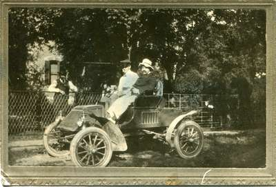 M. C. (Max) Smith in his 1903 Rambler, Smith Lane, ca 1903