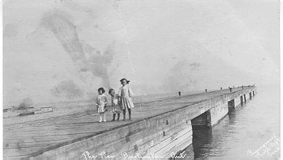 The Pier, Burlington, Ont. -- 3 children; postmarked November 5, 1906