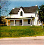 Farmhouse built in 1822 for John and Catherine (née Browse) Cline on the northwest corner of MIddle Road (now the QEW)  and Walkers Line, ca 1980