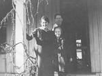 Fleming Family -- Elizabeth, Tom, Isobell Fleming