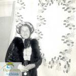 """Mrs. Harold Clarke, Talbotville Women's Institute""""Trellis Symphony""""Quilt"""