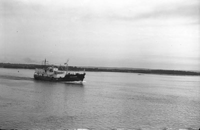 PORTE DAUPHINE HMCS YMG 186 (1952)