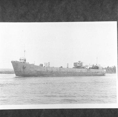 LST 1006 (1944)