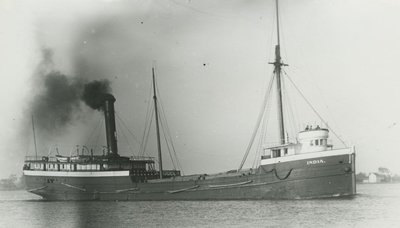 INDIA (1899, Steambarge)