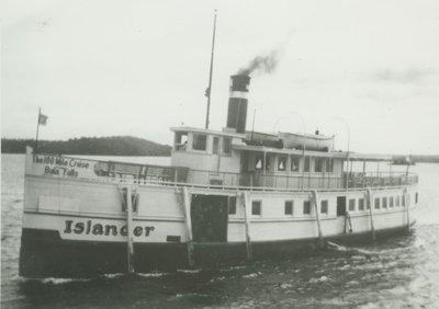 ISLANDER (1900, Propeller)