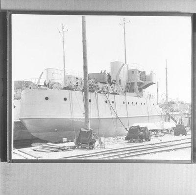 YO-046 (USS BULLWHEEL) (1942)