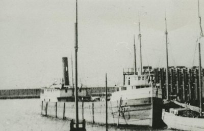 AVON (1877, Package Freighter)