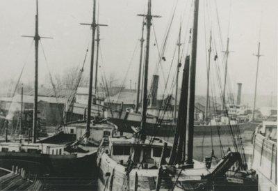 BIRCKHEAD, P. H. (1870, Steambarge)