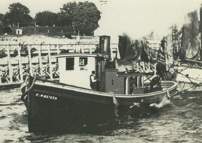 GEIKEN, FRANK P. (1891, Tug (Towboat))