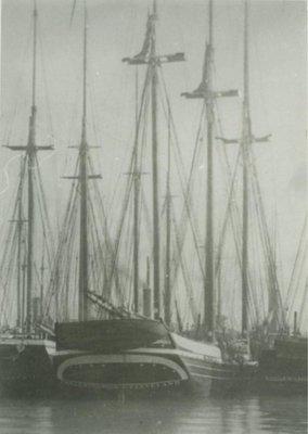 HUTCHINSON, EMMA C. (1873, Schooner)