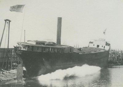 RAVENSCRAIG (1900, Package Freighter)