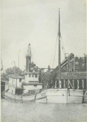 CLINTON (1898, Scow)