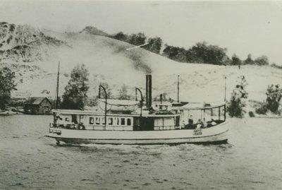 WALSH, LIZZIE (1882, Ferry)