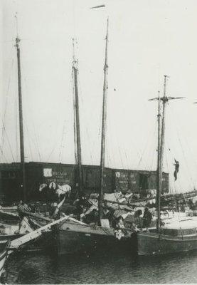 STARLIGHT (1897, Yacht)