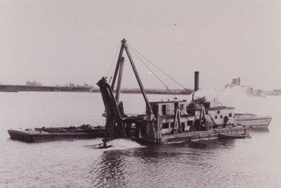 NO.2 (1889, Barge)
