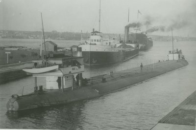 132 (1893, Barge)