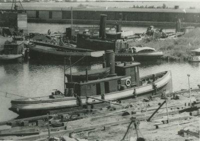 ROBERTSON, DUNCAN (1884, Tug (Towboat))