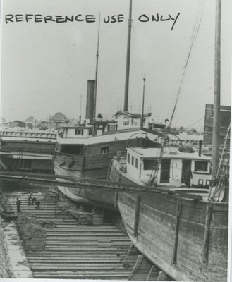 PAHLOW, LOUIS (1882, Steambarge)