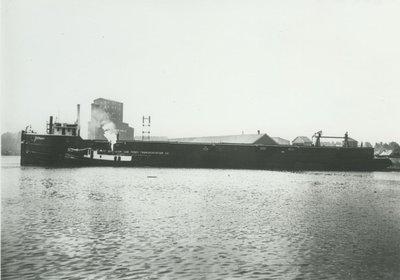 NO.4 (1896, Barge)