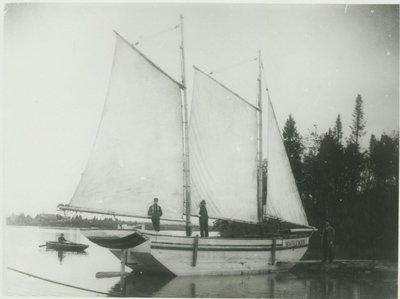 WHITE SWAN ( Schooner)