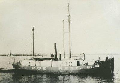 U. S. LIGHTSHIP NO. 62 ( Barge)