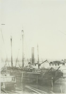 SOUTHAMPTON (1860, Barkentine)