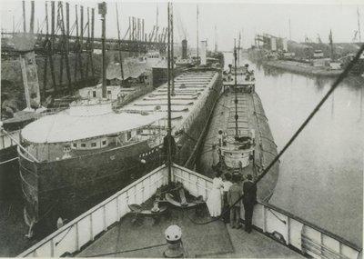 ELLWOOD, ISAAC L. (1900, Bulk Freighter)