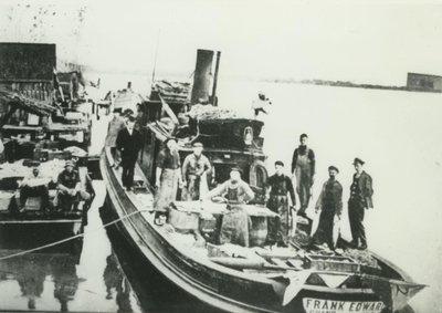 EDWARD, FRANK (1890, Tug (Towboat))