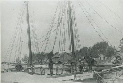 FORESTER, L. B. (1886, Scow Schooner)