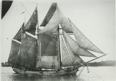 ISHPEMING (1872, Schooner)