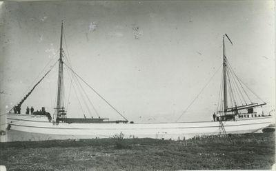 LOZEN, J.B. (1890, Schooner-barge)