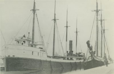 IRON CHIEF (1881, Schooner-barge)