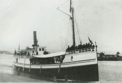 GLENN (1889, Steambarge)