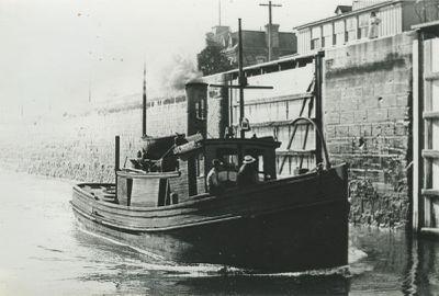LINDRUP (1891, Tug (Towboat))