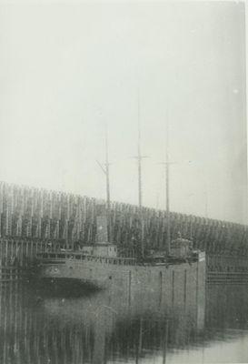 GLIDDEN, JOHN N. (1879, Bulk Freighter)