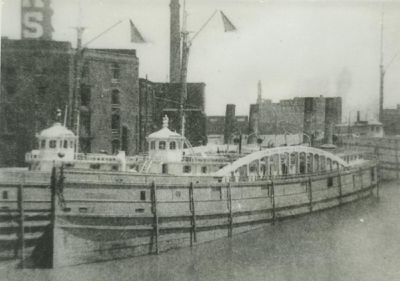 CHICAGO (1879, Package Freighter)