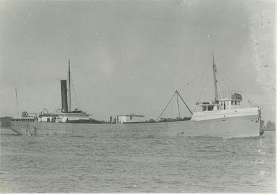 GLADSTONE (1888, Bulk Freighter)