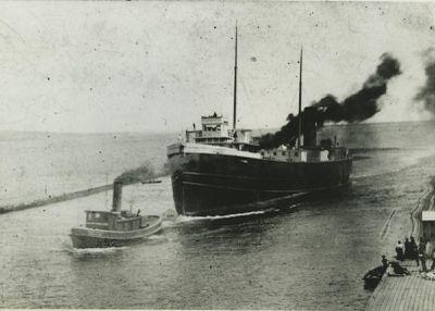 GLOBE (1894, Bulk Freighter)