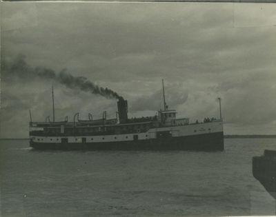 PELEE (1914, Propeller)