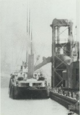 MAYTHAM, THOMAS (1892, Bulk Freighter)