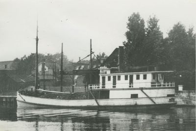 LILY (1889, Steambarge)