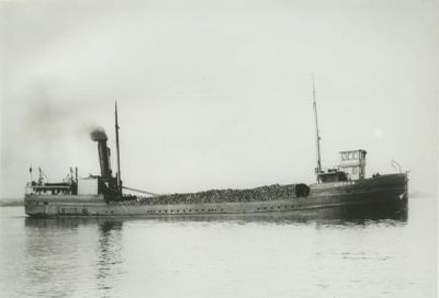 LINDEN (1894, Steambarge)