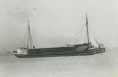 MOORE, W.K. (1894, Schooner-barge)