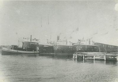 NO.1 (1895, Barge)