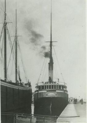 CONTINENTAL (1882, Bulk Freighter)