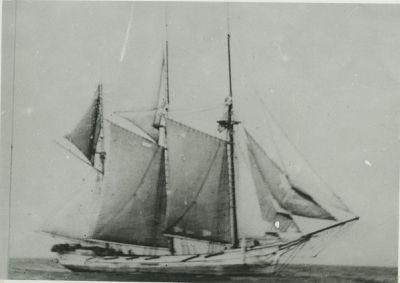 HAYES, R. (1867, Scow Schooner)