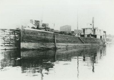 SAXON (1872, Steambarge)