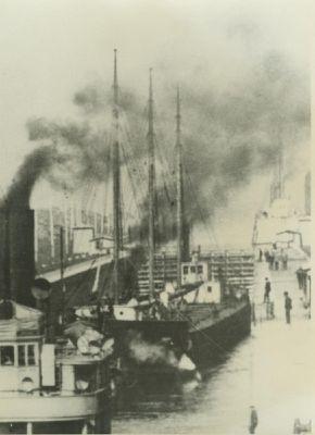 MAGNA (1896, Barge)