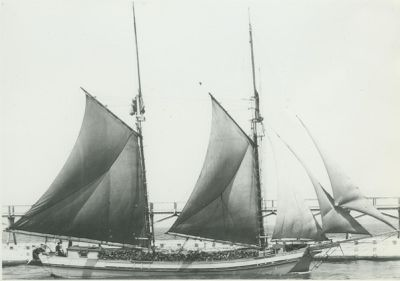 MARY L. (1895, Scow Schooner)