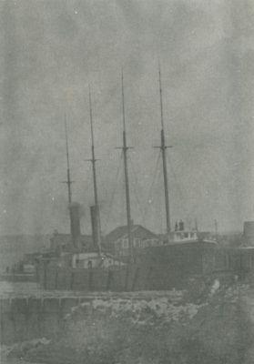 MILLS, ROBERT (1888, Bulk Freighter)